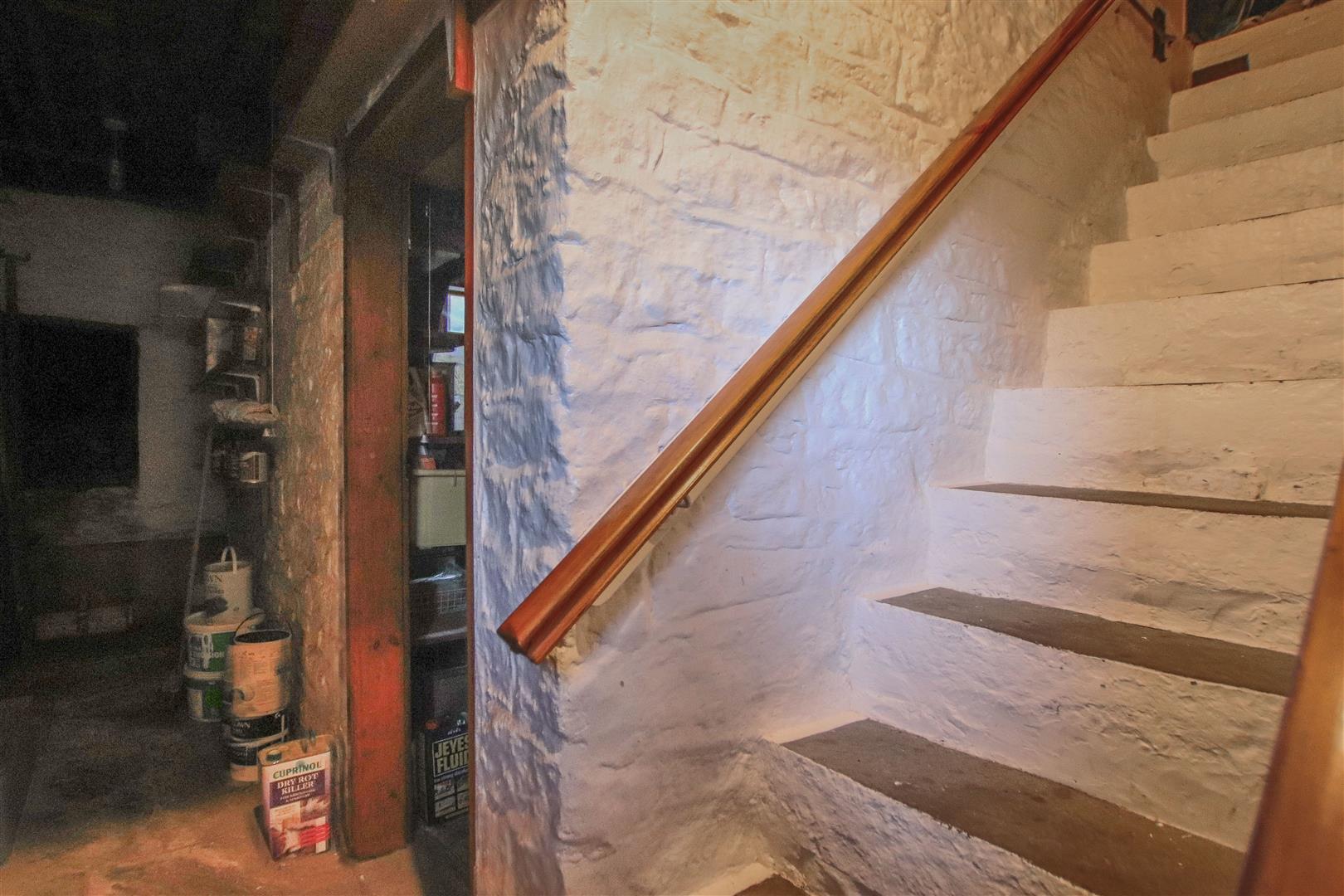 3 Bedroom End Terrace House For Sale - 16.JPG